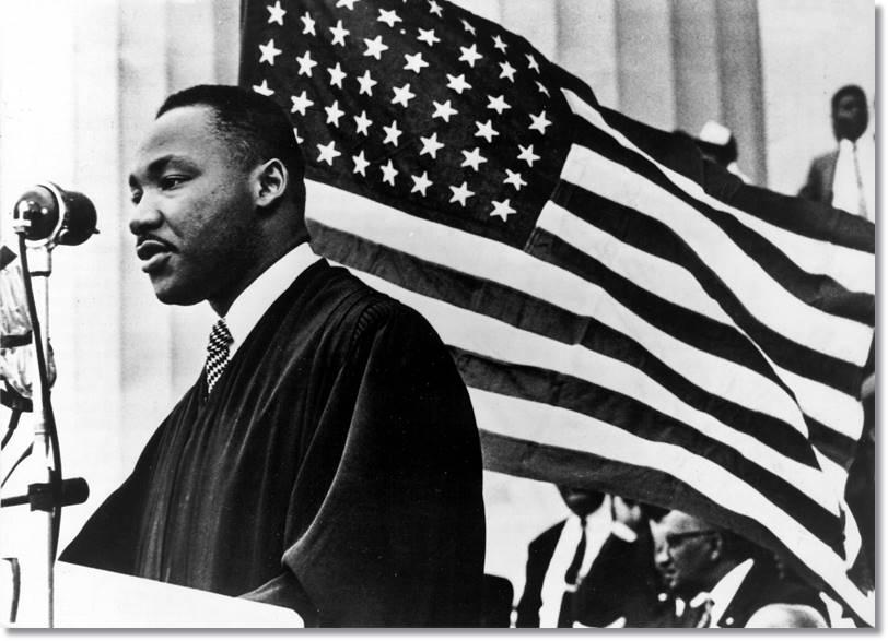 El Movimiento pro Derechos Civiles de los años sesenta recogió las aspiraciones de muchos afroamericanos, quienes expresaban su descontento clamando por el separatismo y el poder negros.