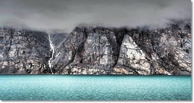 En la costa de Baffin, abundan las paredes verticales como la de la foto