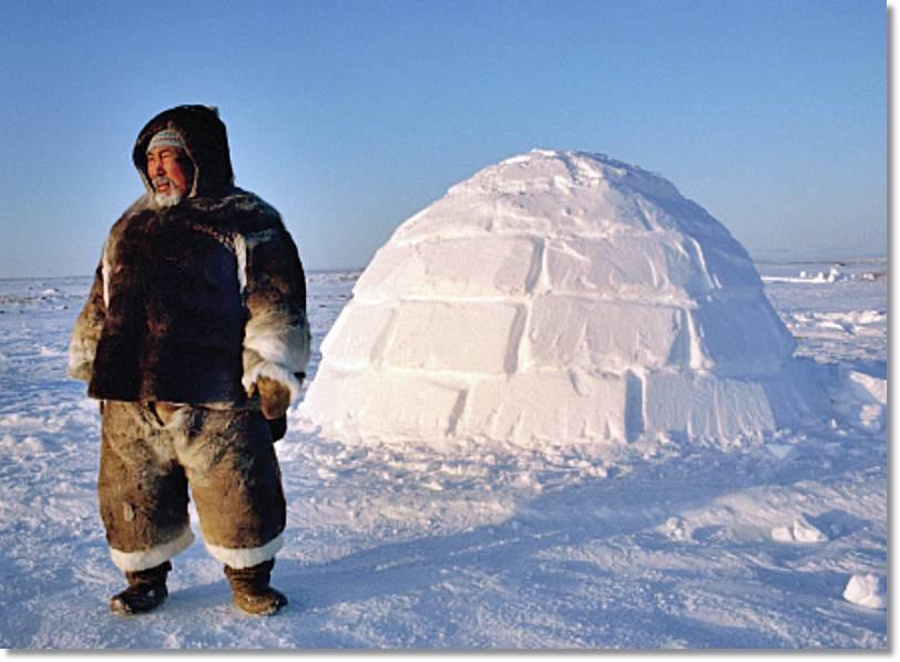 Este iglú dará abrigo al trampero en su recorrido invernal para revisar el estado de los cepos. - etnias.net
