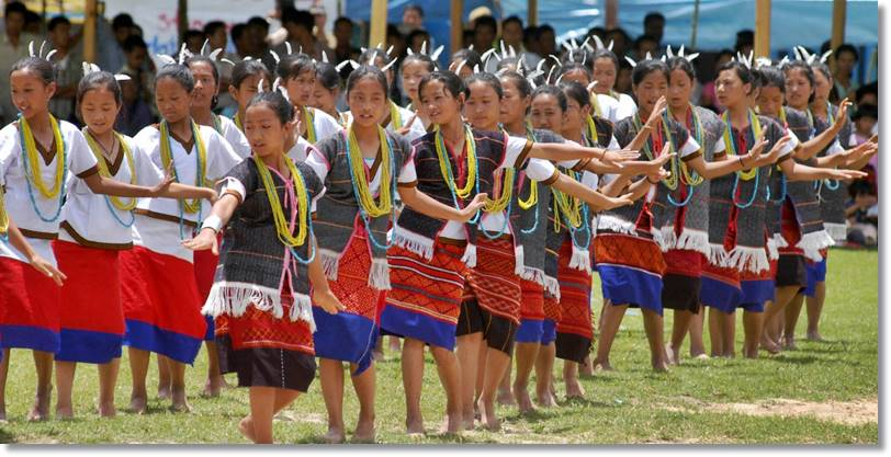 La tribu apatani celebra el festival Dree
