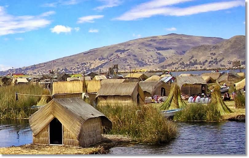 Casas de los aimaras construidas con adobe como se venía haciendo incluso antes de la llegada de los españoles - etnias.net