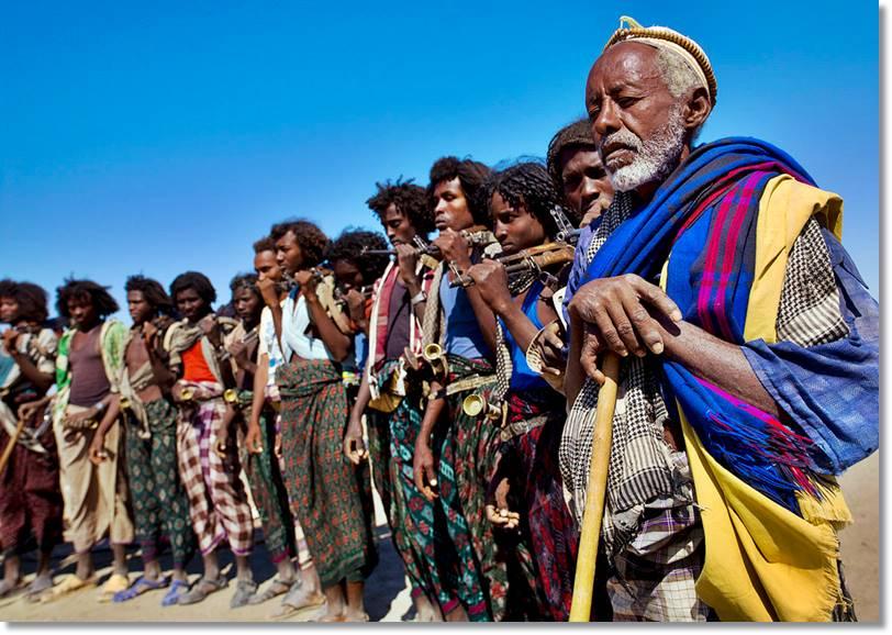 Guerreros de la tribu Afar en Danakil - etnias.net