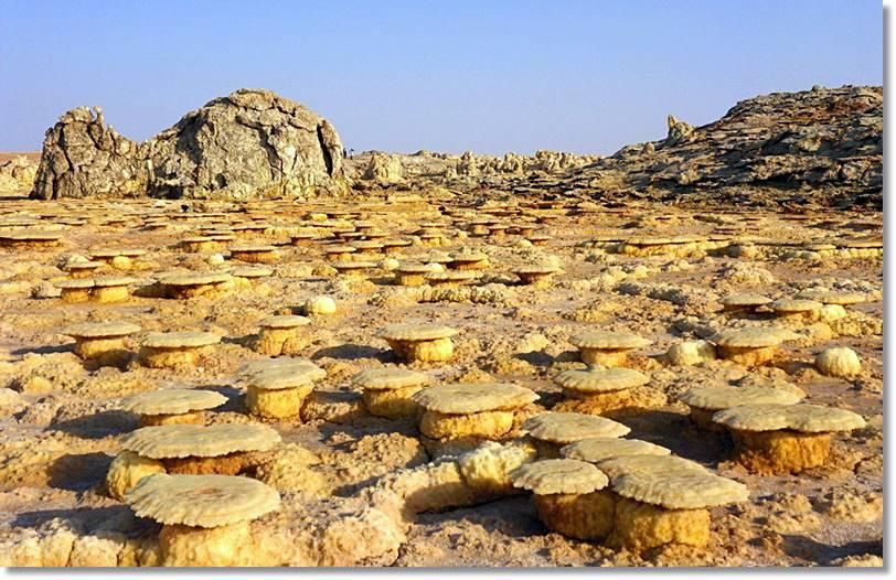 La región deja paisajes inóspitos donde la vida apenas deja rastro y que son más propios de otros planetas