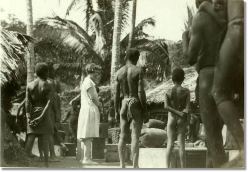 Margaret Mead y Reo Fortune llegan a la villa Alitoa - etnias.net