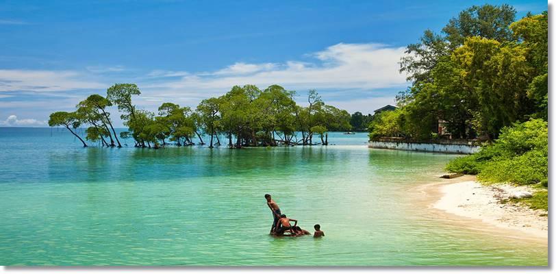 Radhanagar Beach. Los atractivos turísticos son numerosos y cada vez más visitados por turistas de todo el mundo - etnias.net