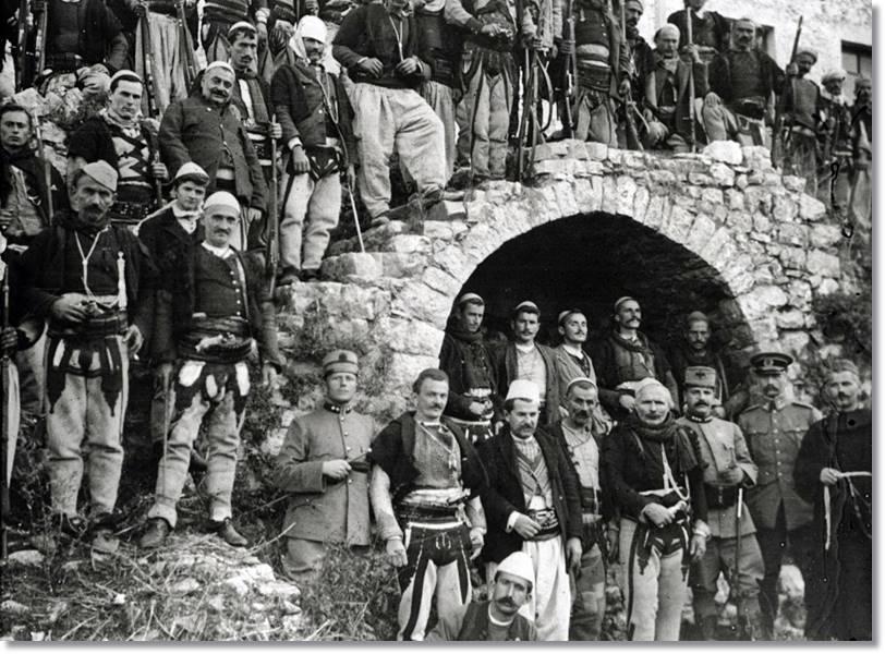 Milicianos albaneses a principios del Siglo XX - etnias.net