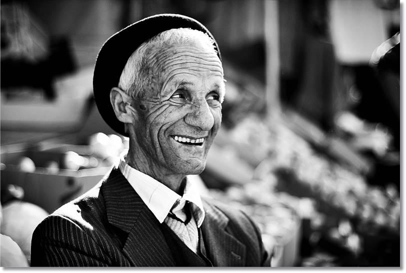Quienes viajen a Albania serán testigos de la amabilidad y lo acogedor que son los albaneses - etnias.net