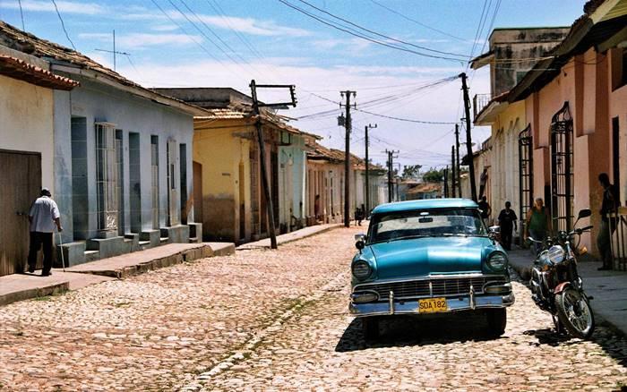 Cuba en general ha quedado ancladas en los años 50 lo que acentúa la impresión de que la Revolución comunista ha sido una pérdida de tiempo absoluta